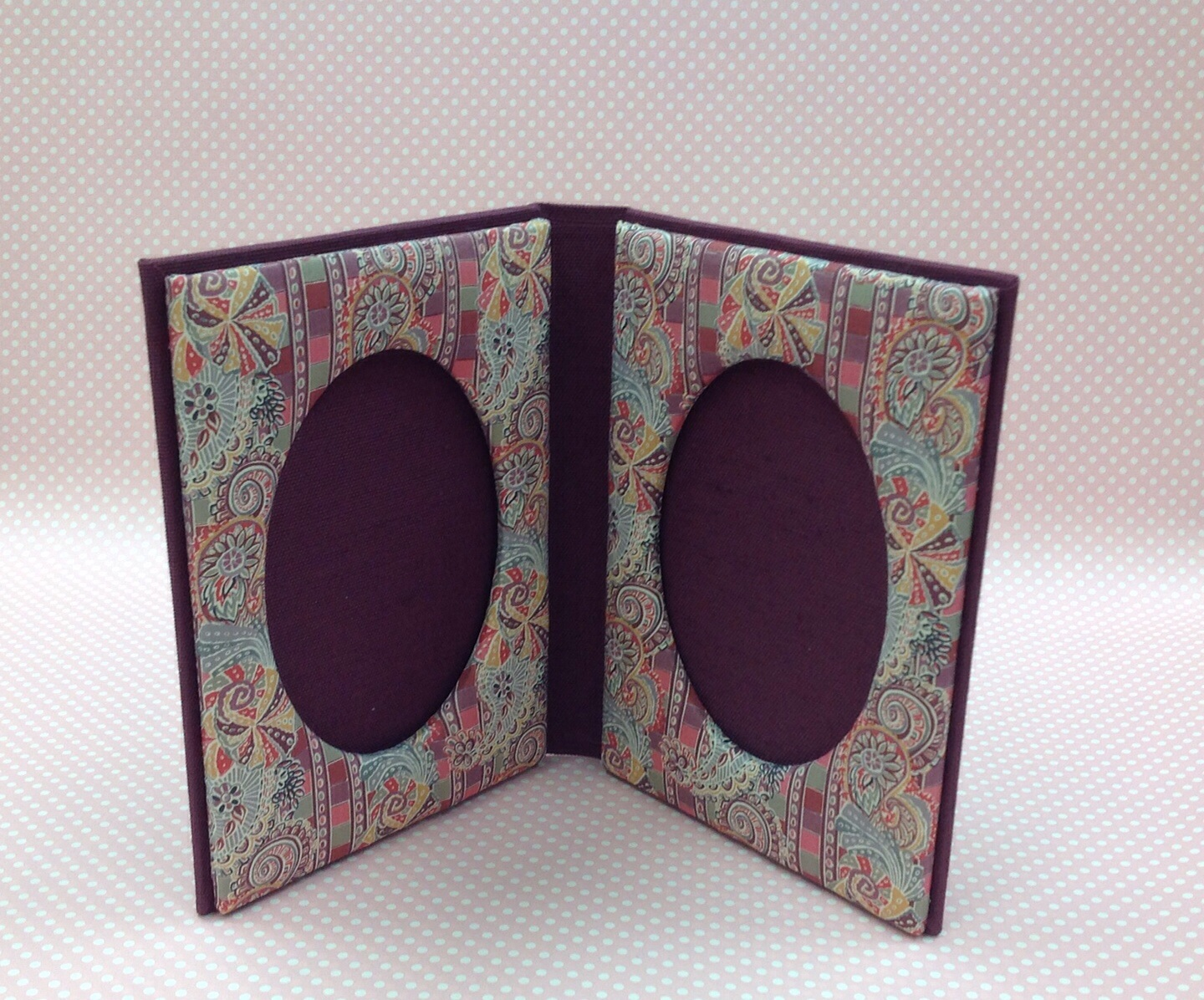 photo frame book style
