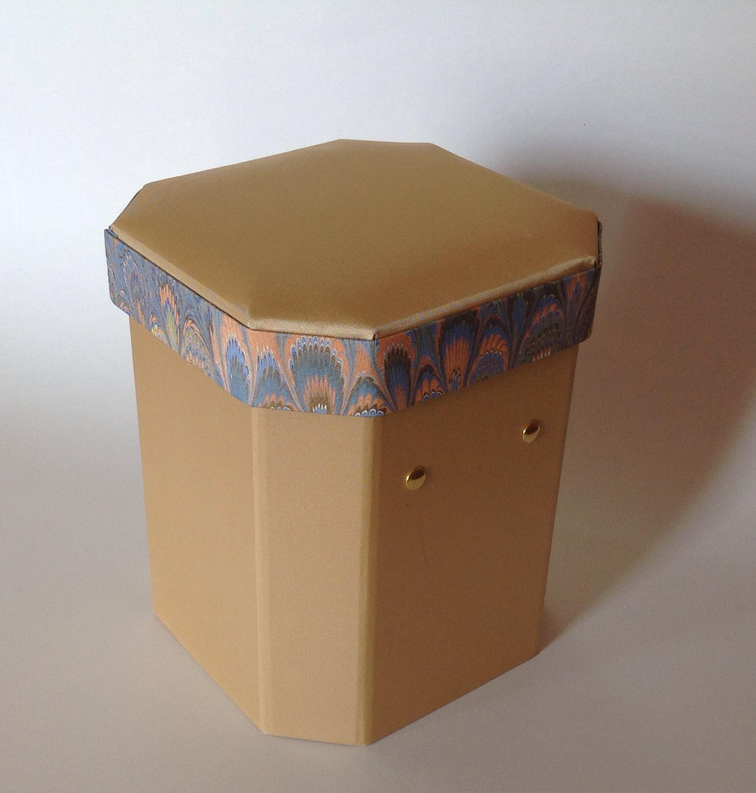 accessary box