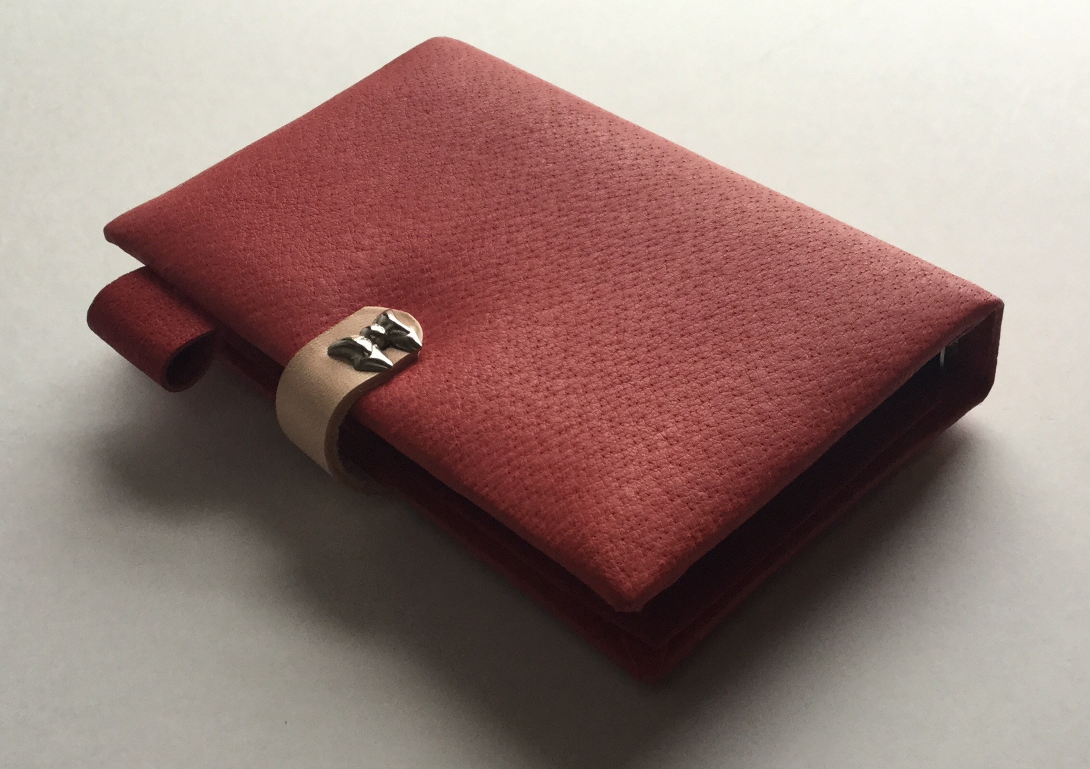 System note in leather